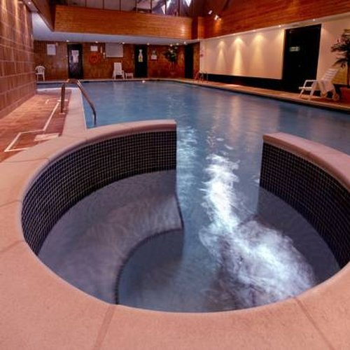 The 12 best spa hotels in lymington - Hotels in brockenhurst with swimming pools ...