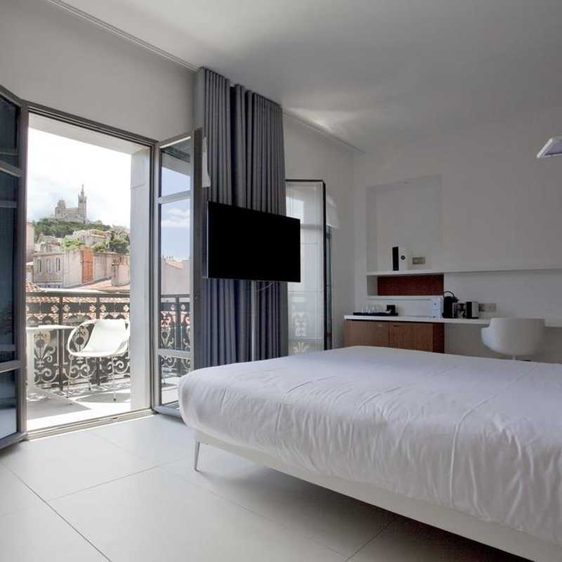 the 20 best boutique hotels in marseille. Black Bedroom Furniture Sets. Home Design Ideas